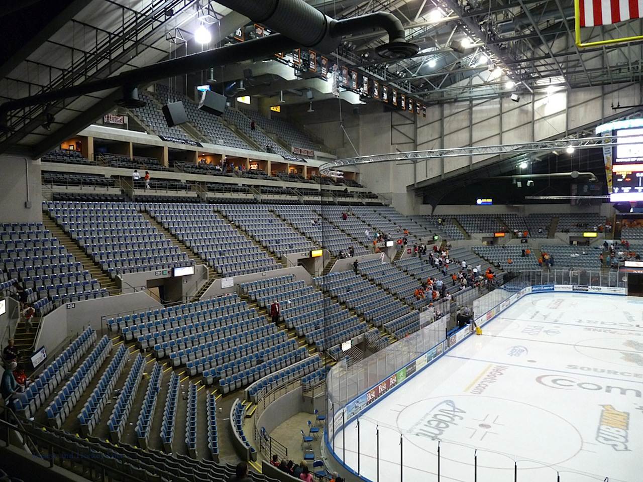 Ft wayne komets vs port huron icehawks never say die for Motor city ice hawks