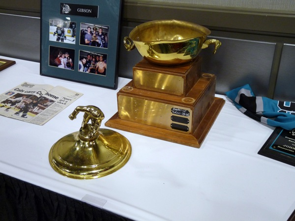 Trophy with Dents